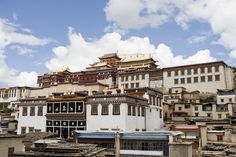 Tibetan monastery in Shangrila in the north of Yunnan Province in China.