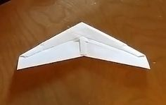 How to make a high performance Origami Glider: The OmniWing  The OmniWing is high performance Origami Glider designeb by Mike Kelsey. Fast long range and simple the Omniwing is a stealthier its balanced design allows it to fly quickly whilst also retaining the ability to fly fairly slow if desired  Continue reading   The post How to make a high performance Origami Glider: The OmniWing appeared first on Origami Blog.