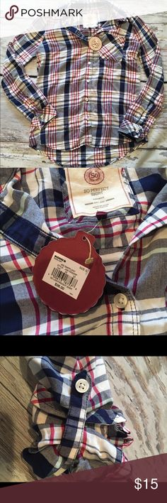 So perfect Small Button Down flannel New! Ships fast! Smoke free home! Tops Button Down Shirts