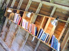 {Bees Knees Bungalow}: de Bachman 2011 Idéias Verão House: Pt I reciclando uma escada em prateleiras