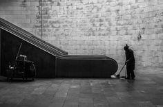 #streetphotography #lisbon #lisboa #caisdosodre #trainstation #underground #streetphotographers #blackandwhite #blackandwhitephotography #lines #lonleyness #person #moment by cristianophoto