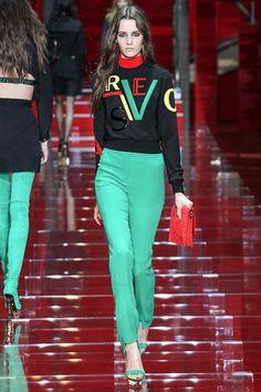 versace-rtw-fw15-runway-low-res28 – Vogue