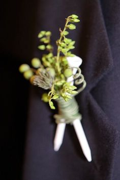 golf course wedding boutonnieres   Found on whatemilydoes.com