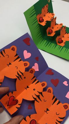 Red Ted Art's pop up tiger cards! We love making pop up cards for birthdays and for Valentine's Day. These tiger cards are perfect for both! Paper Crafts For Kids, Easy Crafts For Kids, Arts And Crafts, Activities For Boys, Valentine's Cards For Kids, Paper Chains, General Crafts, 3d Shapes, Pop Up Cards