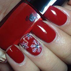 snowflakes by noemihk #nail #nails #nailart