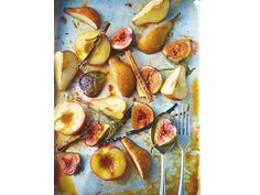 Sounds good to me - Rum punch roast pears, figs and peaches with toasted hazelnuts and vanilla crème fraiche, by Lorraine Pascale Chef Recipes, Fruit Recipes, Sweet Recipes, Creme Fraiche, Delicious Fruit, Yummy Food, Roasted Pear, London Food, Restaurant Recipes