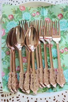 24 ASSORTED FAUX COPPER Cutlery Plastic Forks Spoons Knives Tableware Rose Gold Vintage Style Wedding Shower Tea Party Shabby Chic Floral