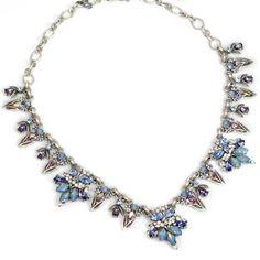 Sweet Romance™ Retro 1950s Necklace
