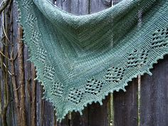 Pinewood Lake is a top-down, triangular shawlette that was designed specifically to showcase hand-dyed or handspun yarn in all of its glory. It's a quick knit in worsted weight that would be perfect for gift giving, since you could start it now and be finished well in time for this holiday season.