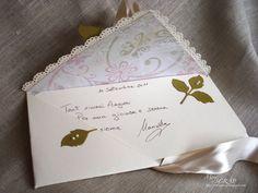 Ciao a tutte. Oggi vi mostro un paio di cards realizzate per il matrimonio di mio cugino Damian che si sposerà sabato 10 settembre.  Le card...