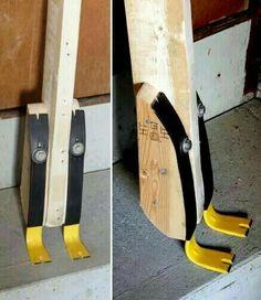 Diy pallet breaking tool.