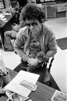 Lou Reed and dachshund #dachshund #cute #dogs www.dachshundchannel.com www.facebook.com/dachshundchannel @indiefilmacdmy