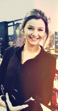 Eleanor Calder is sooooo beautiful! I honestly don't see how people don't like this gorgeous girl!♥