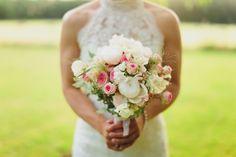 Pivoines blanches et roses anciennes