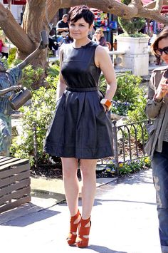 another cute dress! hate the shoes tho...And she is prolly the only person who can make a pixie cut look THAT good!!