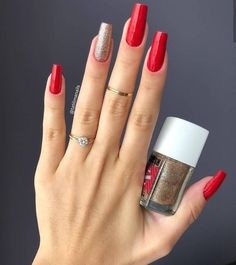 In seek out some nail designs and some ideas for your nails? Listed here is our list of must-try coffin acrylic nails for trendy women. Gel Uv Nails, Em Nails, Cute Nails, Hair And Nails, Acrylic Nails, Gel Nails At Home, Stylish Nails, Trendy Nails, Manicure E Pedicure