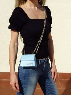 Jacquemus Le Piccolo bag in light blue elevates any outfit. #style #estilo #styleblogger #bags #bolsos #microbags #jacquemus Outfit Style, Glamour, One Shoulder, Outfits, Beautiful, Blouse, Bags, Beauty, Women