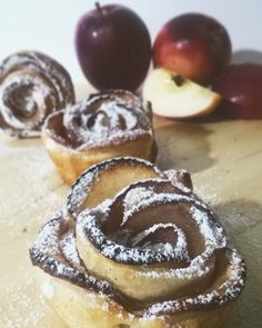 Apple Roses   #ildolcedelladomenica #foodpic #patisserie #foodpics #recipes #ricette #dessert #breakfast #sweet #pastry #pasticceria #delicious #sharefood #instafood #homemade #pie #cake #summer #estate #buongiorno #goodmorning #torta #recipeoftheday #italy #followforfollow #follow4follow #grape #chocolate #cheesecake #sundaycake