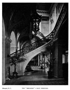 The Breakers The Main Staircase Modern Staircase, Staircase Design, The Breakers Newport, American Mansions, Marble House, Biltmore Estate, Modern Mansion, Witch House, Gilded Age