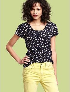 #Gap dotted navy top