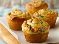 Chicken Pot Pie Cupcakes -- has anyone tried? I love the idea but want to know how it tastes compared to the big mama version of this tiny entree :-)