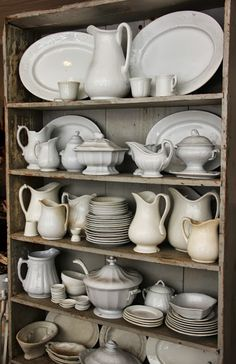 Henhurst Interiors ~ ironstone display Reminds me of my MOTHER.she loved collecting white ironstone. Farmhouse Style, Farmhouse Decor, Target Farmhouse, Modern Farmhouse, Sweet Home, White Dishes, White Pitchers, Table Design, Kitchen Decor