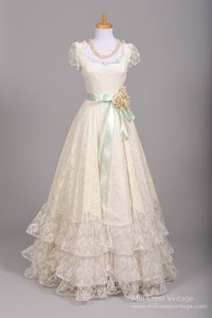 1970's Tiered Lace Formal Vintage Wedding Gown : Mill Crest Vintage