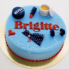 Our special birthday cake! #nivea #cake #sweet #birthday