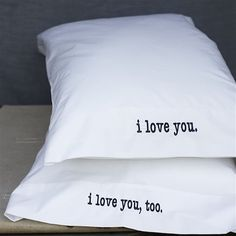 Lovey Dovey Organic Bedding by Elsie Green Cute Pillows, Diy Pillows, Cushions, Pillow Ideas, Little Presents, Diy Presents, Diy Gifts, Do It Yourself Wedding, Embroidered Pillowcases