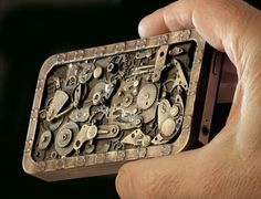iPhone Steampunk Case. Not an iPhone fan, but this is quite cool. Bet I could make one.