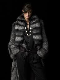 It's so wrong. ..but I want THIS fur!!