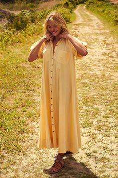30 Everyday Dresses to Wear at Home This Summer Simple Dresses, Pretty Dresses, Casual Dresses, Mandarin Dress, Summer Special, Coral Dress, Layered Skirt, Everyday Dresses, Tiered Dress