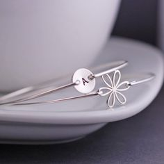 Personalized Sterling Silver Daisy Flower Bracelet Set by georgiedesigns