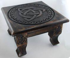 "Triquetra Altar Table 12"""
