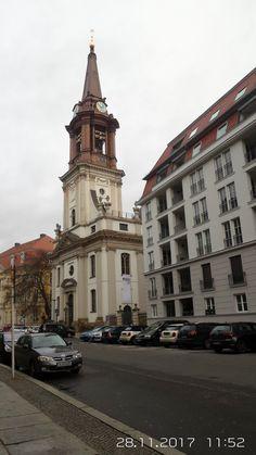 Mitte, die Baugerüste in der Klosterstraße sind gefallen