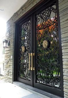 I Want Tthat Door - Is a North America's go to for designer Stairs, Wrought Iron Railings, Plaster Moldings, Iron and Wood Doors Iron Gate Design, House Gate Design, Main Entrance Door Design, Front Door Design, Iron Front Door, Double Doors Interior, Wrought Iron Doors, Home Building Design, Entry Doors