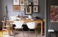 Love the grey walls with the wood in this dining room. I also love the way the radiators are painted the same colour - oh and the pictures on the wall. Gray Interior, Interior Design, Eclectic Design, Photo Deco, Grey Furniture, Deco Design, Grey Walls, Elle Decor, Decoration