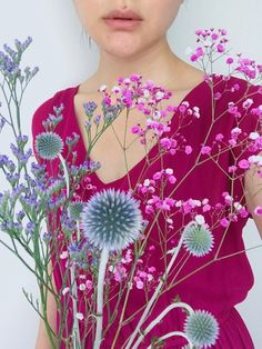 これを着て買い物でかけたらピンクに染められたかすみ草があったのでつい買った💐
