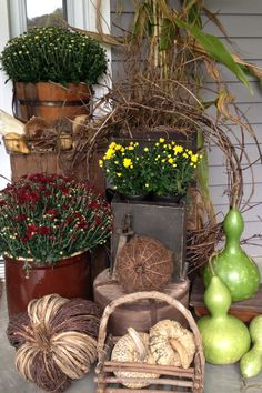 gorgeous 49 Inspiring Fall Porch Decor Ideas For Your Home Thanksgiving Decorations, Halloween Decorations, Fall Decorations, Wedding Decorations, Seasonal Decor, Autumn Decorating, Porch Decorating, Primitive Fall, Primitive Country