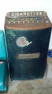 Vintage 8-select pack Cigarette vending machine