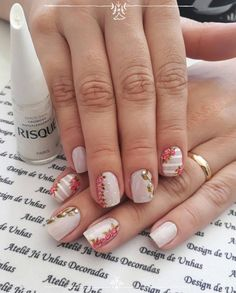 79 Fotos de Unhas com Rosas Cute Nails, Pretty Nails, Kathy Nails, Hair And Nails, My Nails, Flower Nail Art, Cute Nail Designs, Something Beautiful, Nail Arts