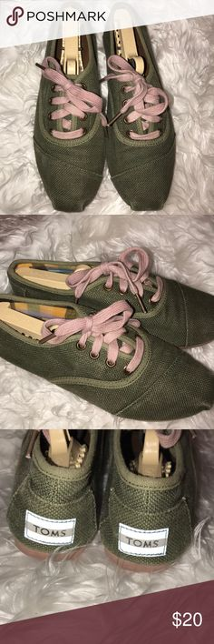 TOMS Green and pink sneakers 6 In excellent preowned condition. Toms Shoes Flats & Loafers