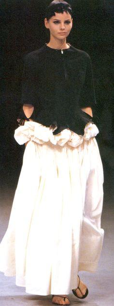 """"""" Yohji Yamamoto Spring/Summer 2000 """""""