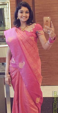 Indian Actress Hot Pics, Indian Actress Gallery, Actress Photos, Indian Beauty Saree, Indian Sarees, Hot Actresses, Indian Actresses, Beauty Full Girl, Saree Styles