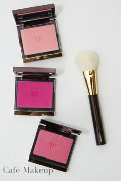 Tom Ford Blush and Cheek Brush. Tom Ford Beauty, My Beauty, Beauty Makeup, Beauty Bar, Cafe Makeup, Tom Ford Makeup, Beauty Packaging, Kiss Makeup, Flower Fashion