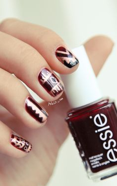Essie Skirting the issue // Le retour du tribal | PSHIIIT