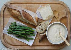 Asparagus Alfredo Crostini   ChezCateyLou.com