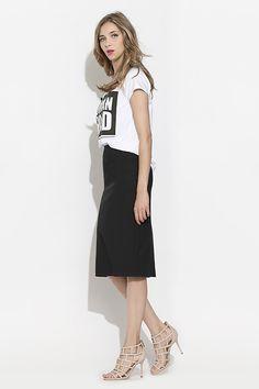 #furelle #springsummer2016 #summer #SS16 #fashion #newarrivals #white #black #silesiastyle #newcollection #musthave #skirt #tshirt #romantic  #kneelenght #woman #womanhood #highheels #elegant #polishdesigner