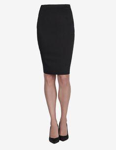 #SabíasQue tanto la falda corte lápiz, como la falda corte A fueron diseñadas por el francés Christian Dior