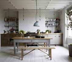 2 Ways to Adopt A Farmhouse Design for Your Kitchen - Home Design and Decor Timber Kitchen, Wood Kitchen Cabinets, Rustic Kitchen, Kitchen Decor, Nordic Kitchen, Kitchen Modern, Victorian Terrace House, Victorian Homes, Tranquil Bedroom